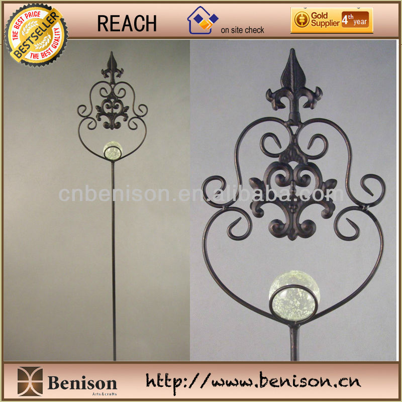 2013 New Product High Quality Decoration European Metal Garden Sticks/Garden Stake/Hook with Butterfly Glow in the Dark