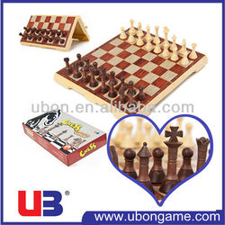 UBon Magnetic handmade wood color craft chess