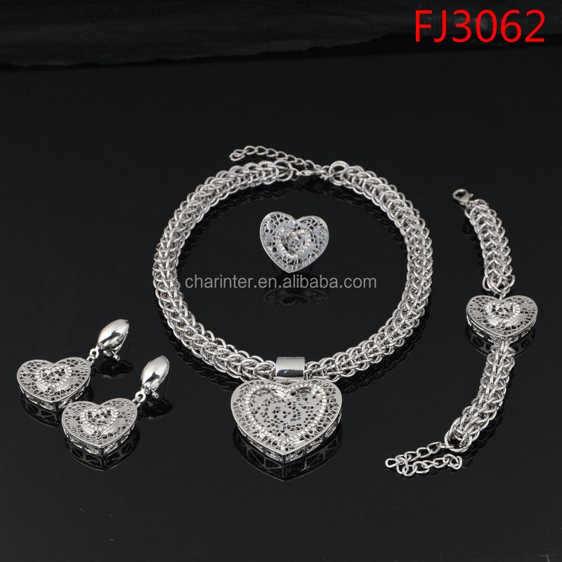 free shipping 18K Gold plated Dubai Gold Jewelry Set Wedding Fashion Women Necklace And Earring Set 4 Pieces FJ2989
