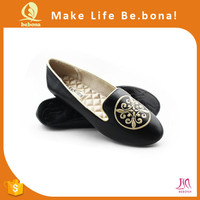 Factory Price Pretty Embroidery Wedding Latest Flats Shoes for Women