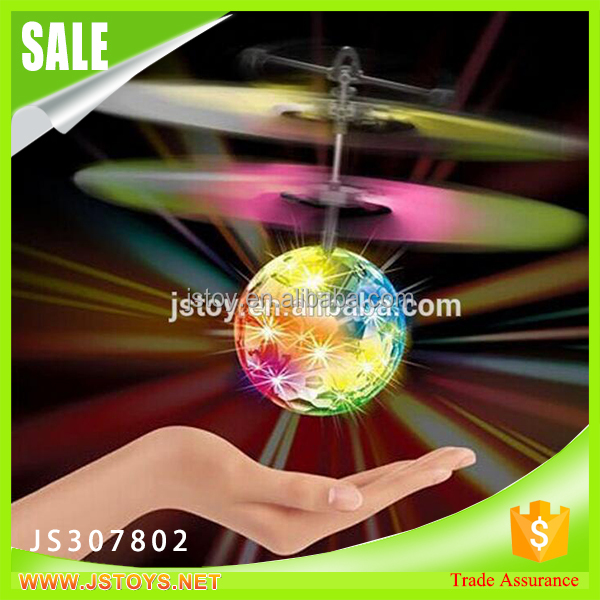 2016 hot sale electronic toy led flying toy for wholesale led flying toy