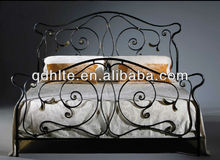 Popularity hand-forged comfortable wrought iron bed, metal bed furniture