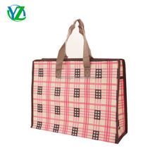 wholesale pp grid plastic non woven gift bag handle style carry bag YZH33-005