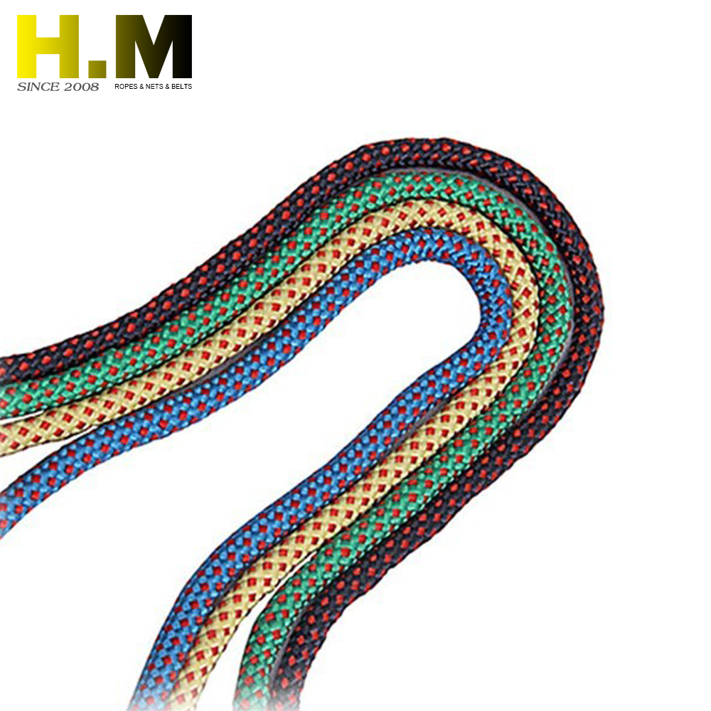 High tensile strength strand polyamide mooring ropes