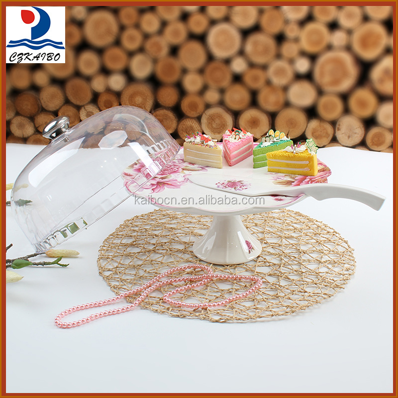 New arrival hot products ceramic footed cake plate with base,lid and spoon
