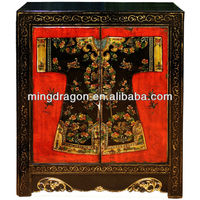 Chinese antique living room painting clothes cabinet