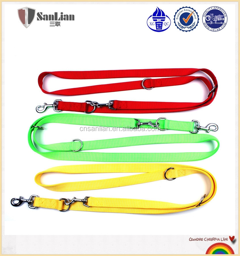 With 20 years experience safe and retractable dog leash for 2 dogs