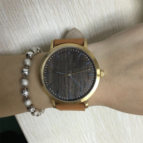 Top quality female leather Watch with stainless steel watch case