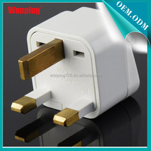 2014 Newest design hot selling with 3 square pin plug universal travel adaptor plug