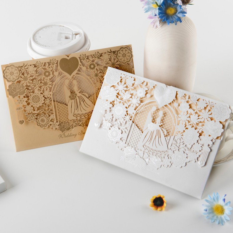 2017 Latest design bride and groom pearl paper wedding invitations gold wedding card