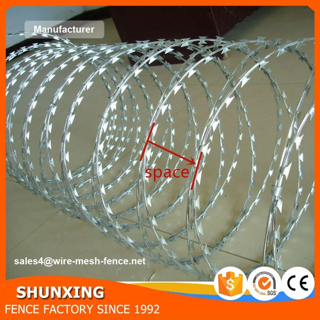 Direct Factory BTO22 BTO28 Concertina Cross Razor Barbed Wire