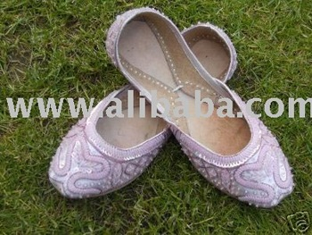 ladies khussa shoes