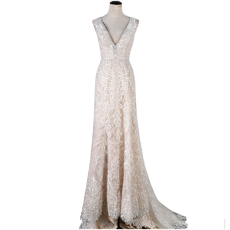 2019 Sexy elegant ladies Backless v neck Sleeveless Sling Dress Long Lace current Bride Gown white wedding dress evening dress
