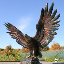 Large outdoor metal bird statue garden bronze cast eagle sculpture for decor