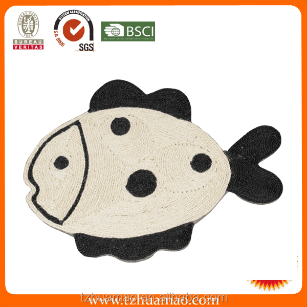 hot simple scratching sisal fish cushion from pet toy pet products manufacture Huamao