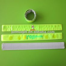 New style wonderful snap on wristband for promotion gift