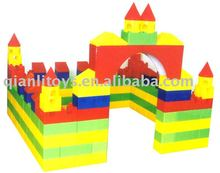 New product interesting children game eco plastic big building blocks toy