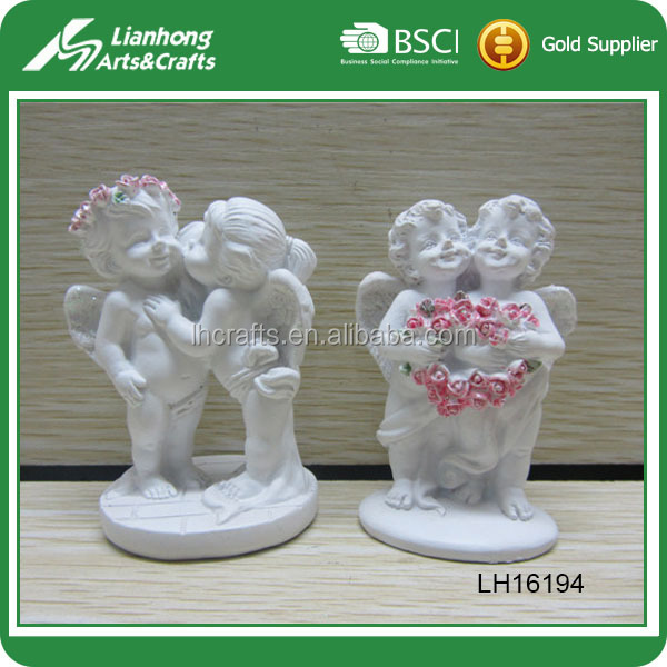Most popular kissing angel figurines for garden decor