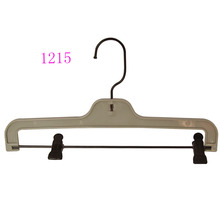 Plastic Non Slip Clip Pants Hanger With Swiveling Hook