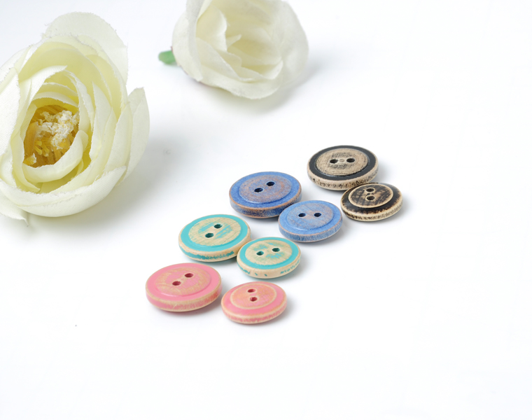 Colorful Wooden Buttons Long Eyelet Fish Eye 2 Hole Buttons