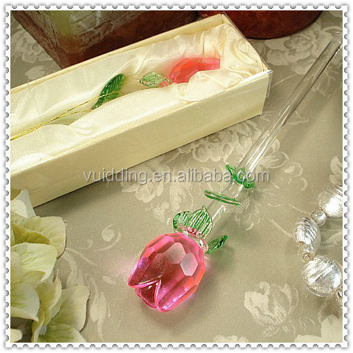 Long-Stem Wedding Favor Glass Rose With Green Leaves