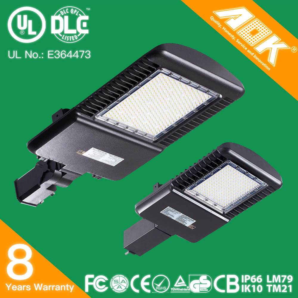 UL DLC TUV SAA IP66 Waterproof IK10 Dimmable With Daylight Sensor Outdoor LED Street Light