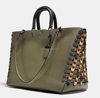 Guangzhou fashion factory 100 authentic designer peridot low price woman genuine leather fashion designer handbags G200511