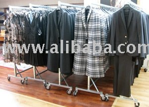 LADY WINTER DESIGNER CLOTHING LOT - BRANDED WHOLESALE AND STOCKS