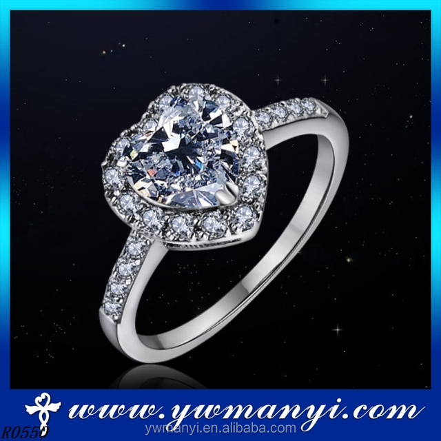 Factory supply 2016 fashion wholesale best price shiny 18k gold jewelry charming diamond love heart ring wholesale jewelry R0550