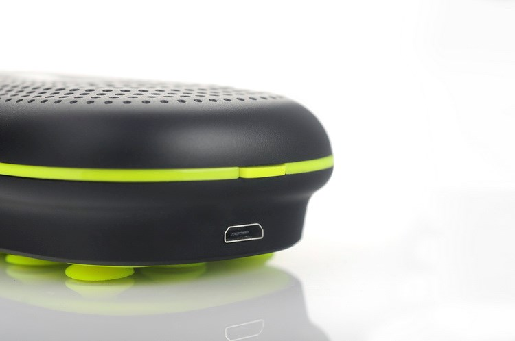 3 in 1 bluetooth speaker with power bank 3000mah and phone holder