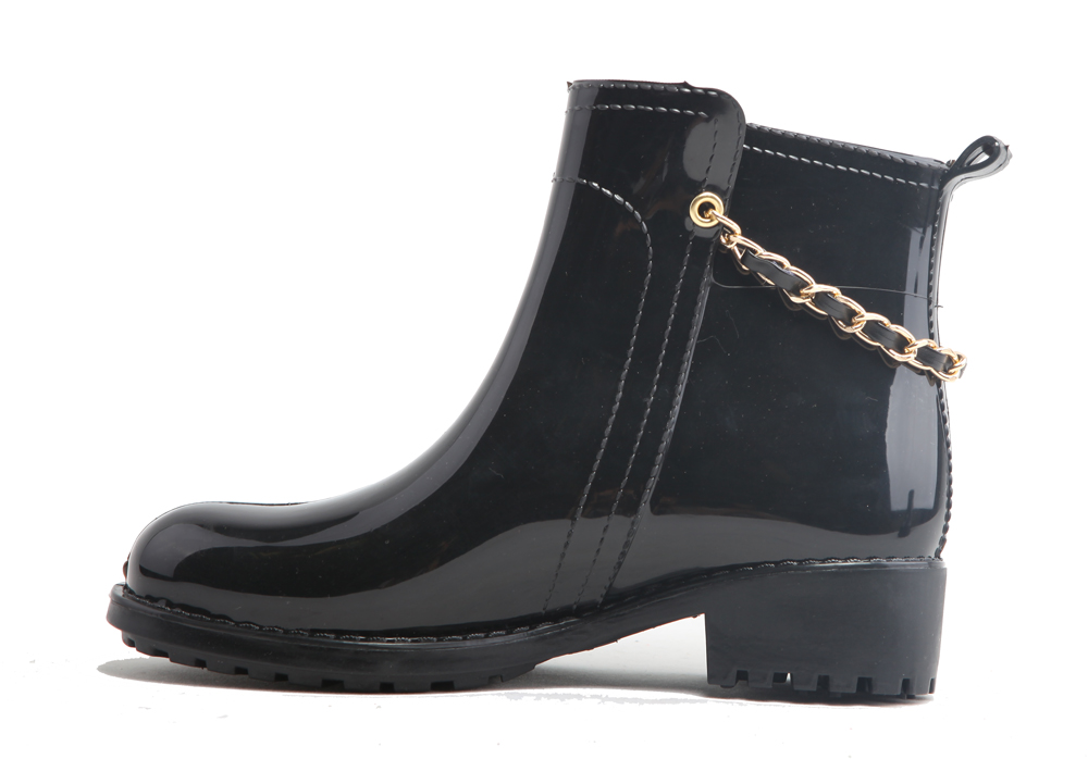 PVC rain boots ankle wellies with metal chain