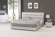 High Silver Headboard Bedroom Beds with Bed Base