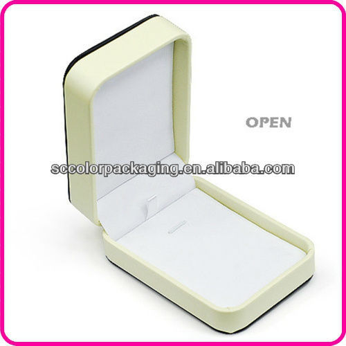 Fashion jewelry box, girls dream of romance, now you can enjoy the most preferential prices
