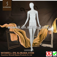 The Leader Factory Of elegant pose female mannequin