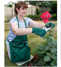Garden apron hands-free clean lawn cleanup harvest bag pounch
