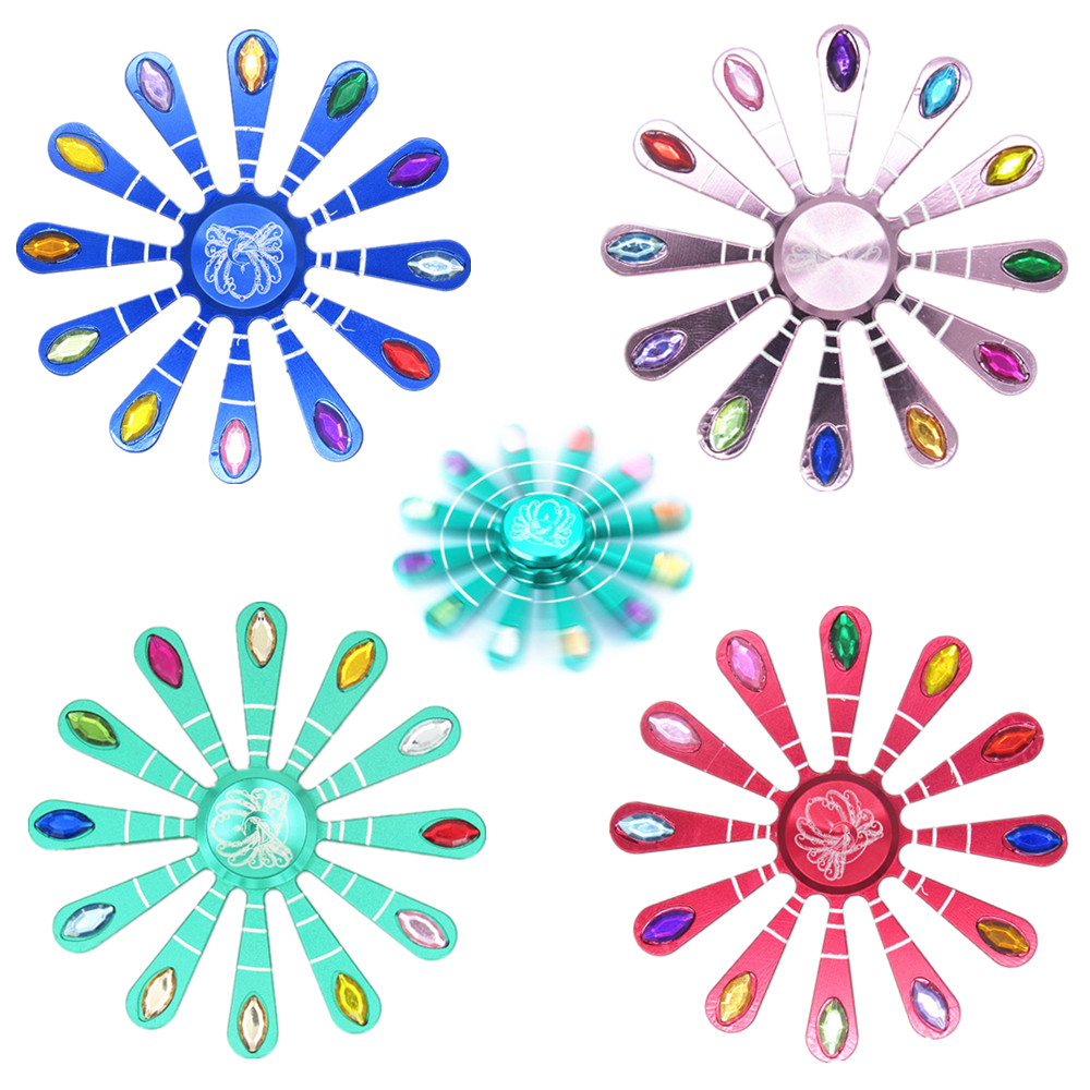 New Colorful Diamond Flower Shaped Fidget Spinning Toy Rainbow Like Metal Gyro Spinner 12 Leaves Peacock Open Finger Spinner