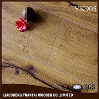 12mm Oak Wood Floor Fashion Design Environment Friendly Arc Click Laminate Floor