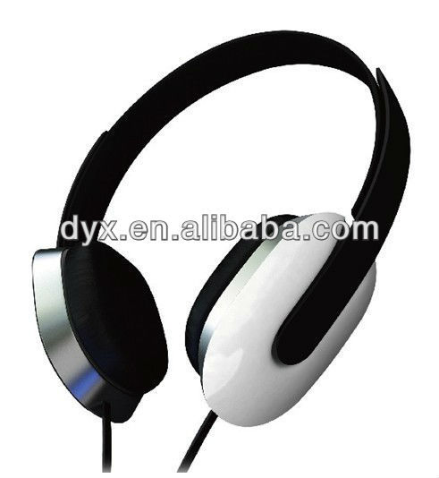 Hot selling cheap wired headphone earphone headset color headphone with brand logo for all phone