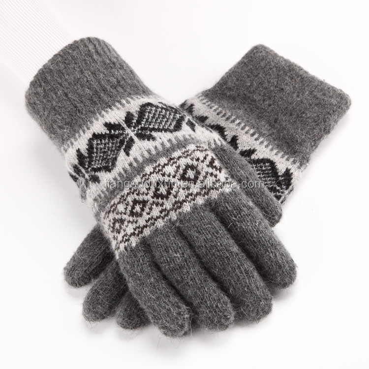 Unisex screen Touch Texting Gloves Outdoor Warm Knit Winter Gloves magic glove snowflake pattern