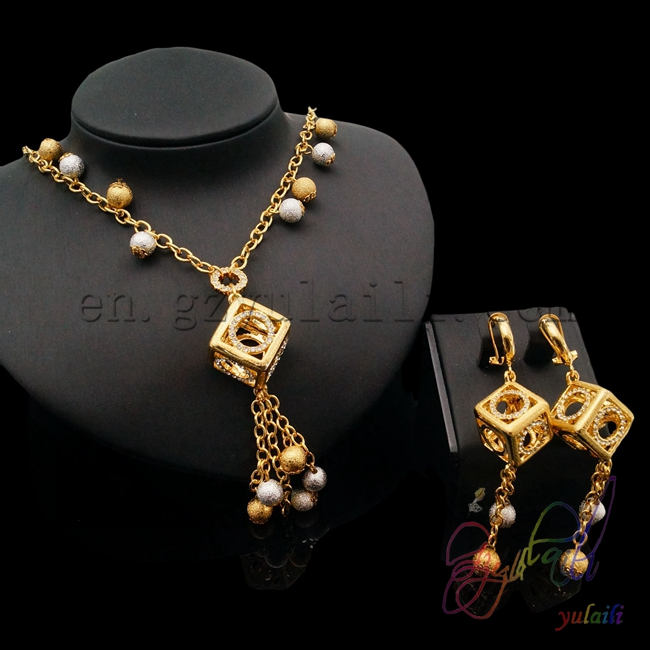Saudi Arabian jewelry set dubai 24k gold plated earrings jewellery christmas gift in bulk