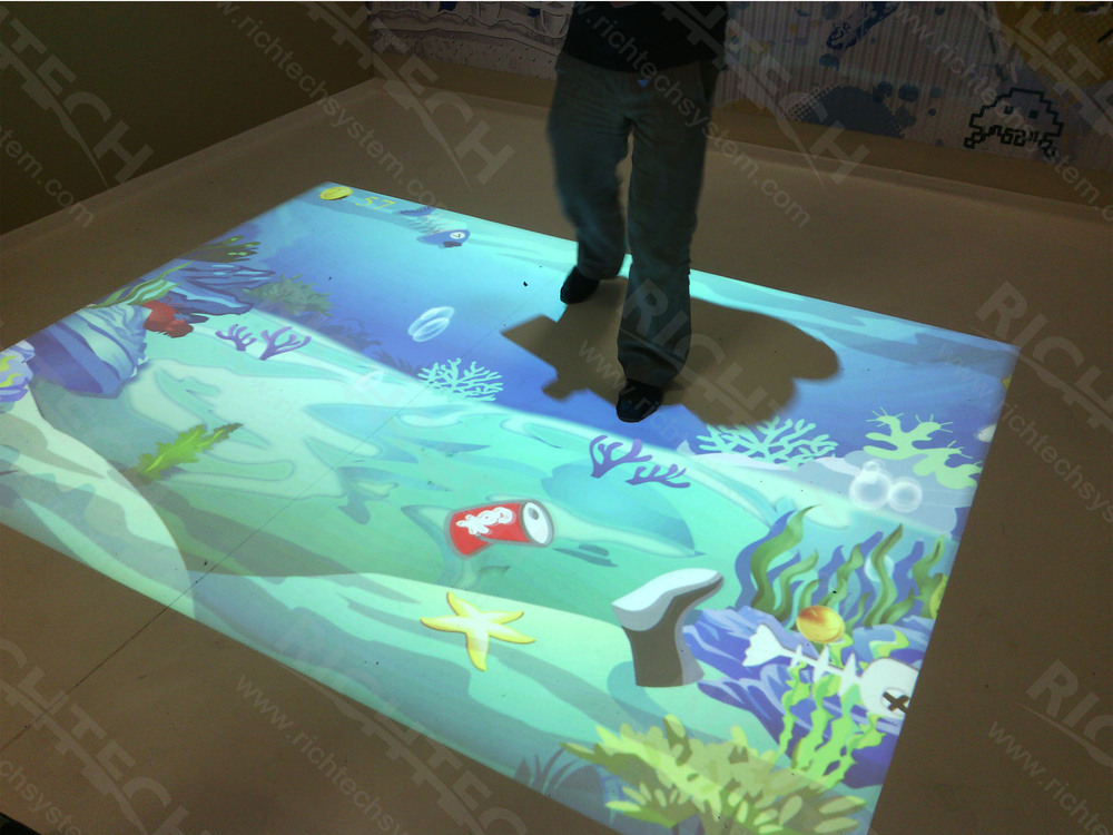 PC and interactive software are all included in one 4200LM Interactive Wall
