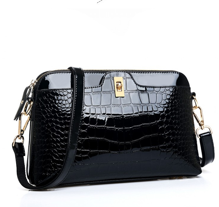 Big bag fashion trends in Europe and America all-match crocodile handbag shoulder bag shell cross temperament
