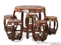Tea table Dumb style, well-craft rosewood with mother of pearl inlaid.