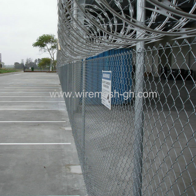 Wholesale chainlink fence with high quality post Free sample/Wholesale metal steel coated chain link fence Free sample