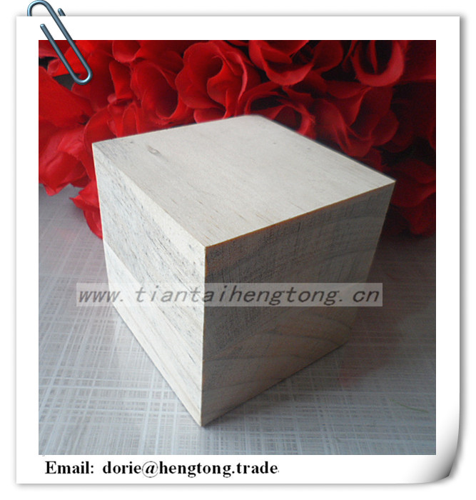 Factory cheapest selling 8cm natural color wooden cube