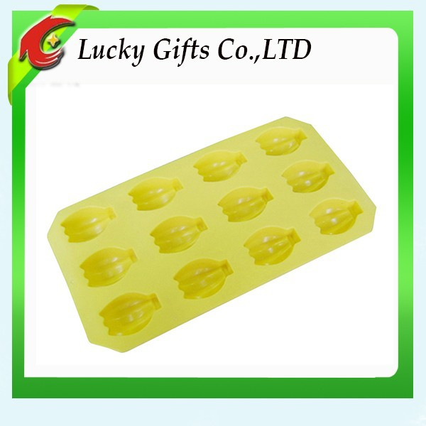 Bakeware Food Grade Yellow Silicone Banana Cake Mold