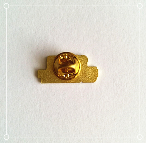 Custom logo Gold plated soft enamel name badge lapel pin