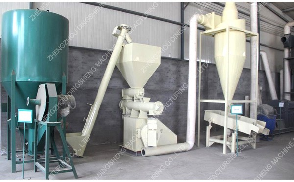 Animal feed pellet machine for chicken,cattle,sheep,pig,cat,rabbit,fish