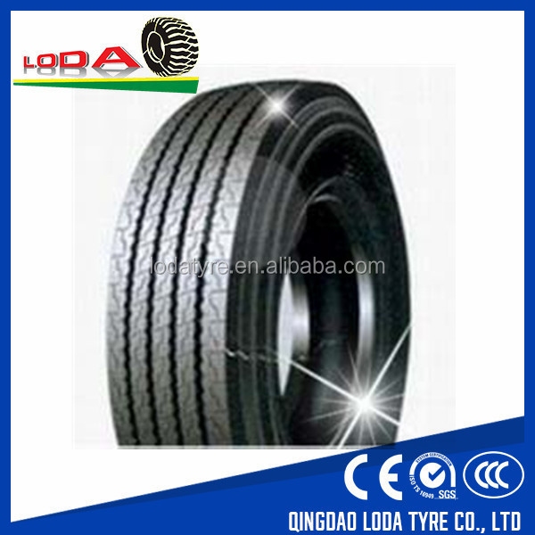 Pneu monster truck tire 66x43.00-25 pneumatico