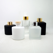 Empty 40-200ml glass reeds diffuser bottle aroma perfume bottle with reeds with spray